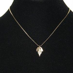 Dainty vintage gold leaf necklace